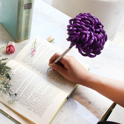 purple chrysanthemum flower pen