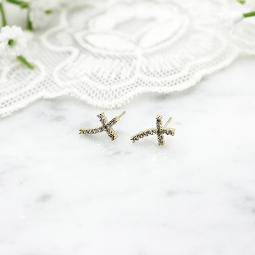 골드 커브 십자가 E (Gold curve cross Earrings)